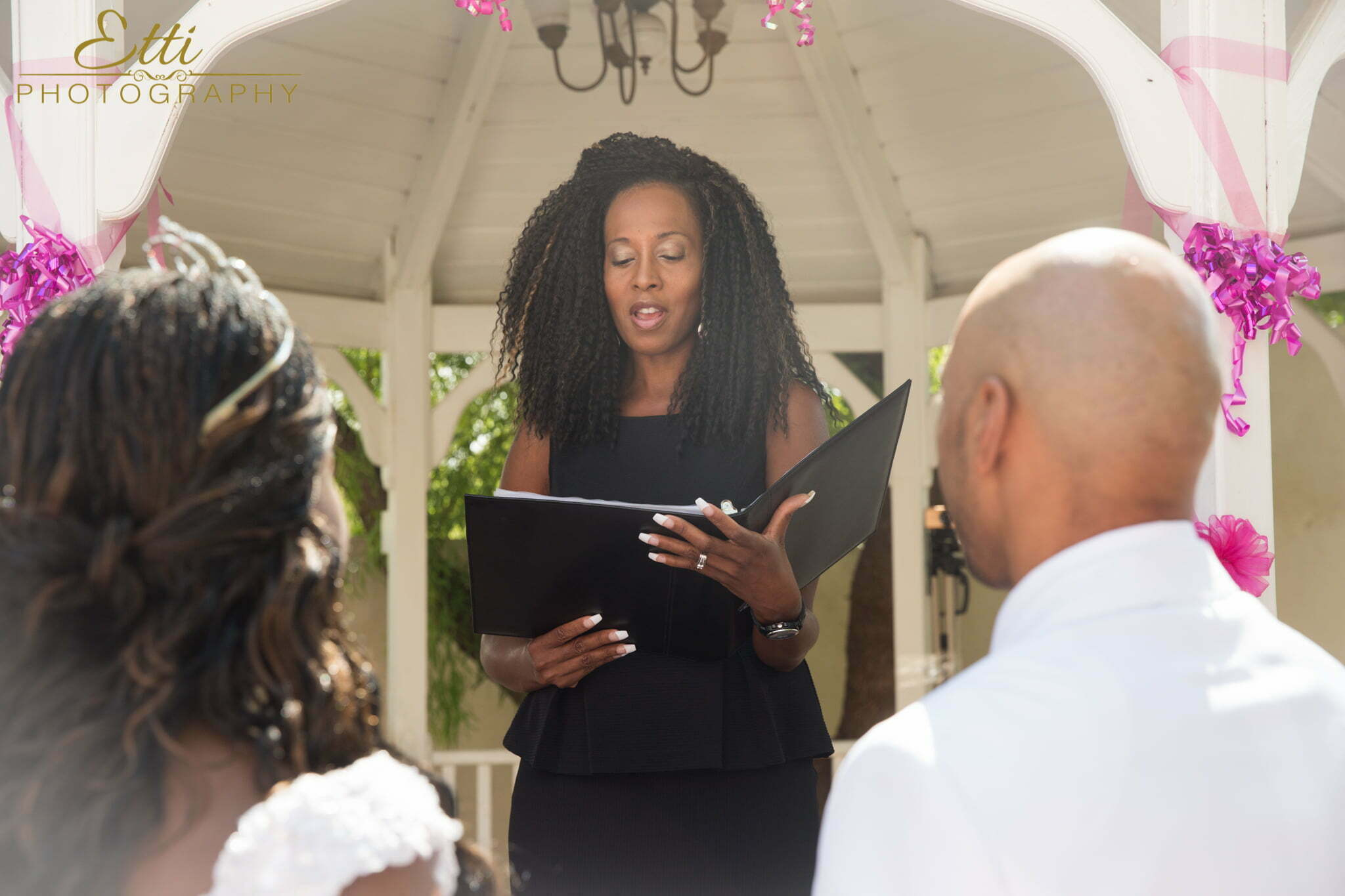 Timeless Connection -Wedding Officiant